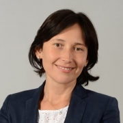 Cosmina Aron