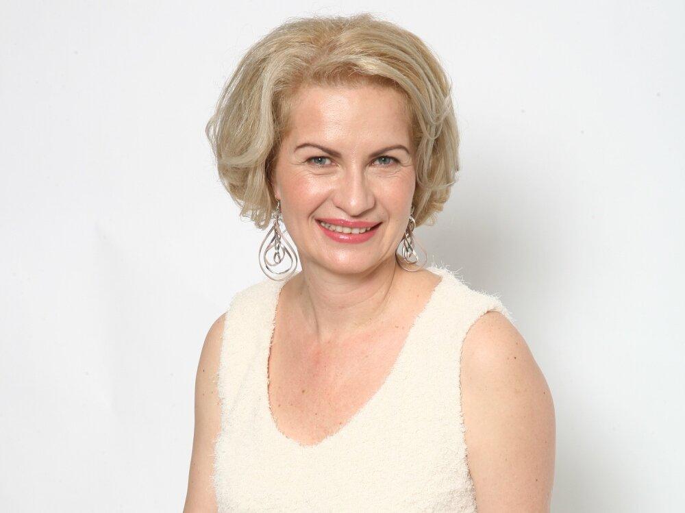 Elena Manuela David