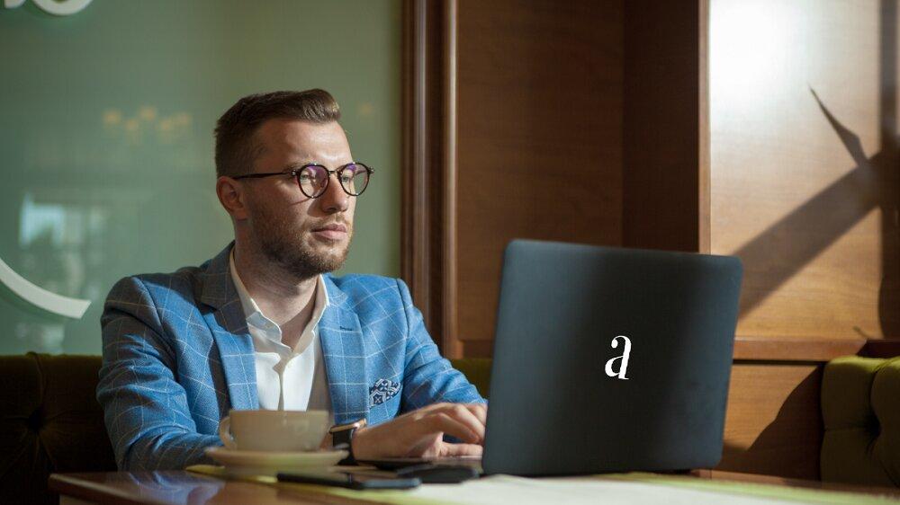 Alexandru Holicov Adservio